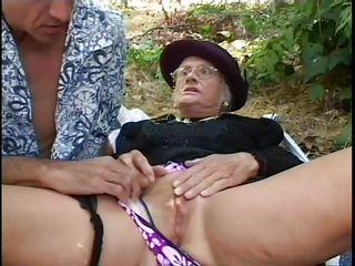 Домашнее порно муж жену с другом