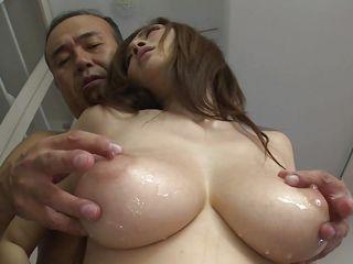 порно брюнеток с маленькими сиськами