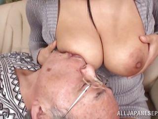 Секс с секретаршей в ванной русское