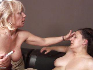 Толстушка анал жесткое порно