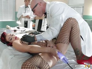 Порно нарезка женских струйных кончающих оргазмов