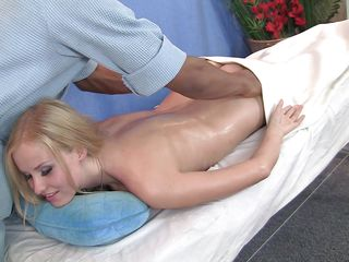 Нежное порно с блондинкой