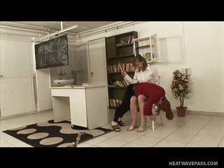 порно с двумя училками