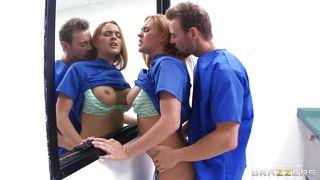 порно доктор скачать на телефон