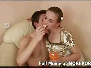 Порно видео красивых домохозяек