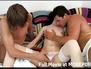 Смотреть порно видео очень красивых блондинок домохозяйки