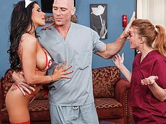 Brazzers медсестра