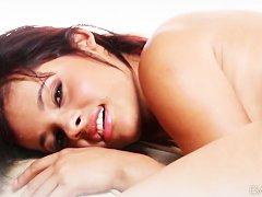 Оргазм пожилых женщины при мастурбации видео