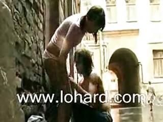 Сиськи на улице порно